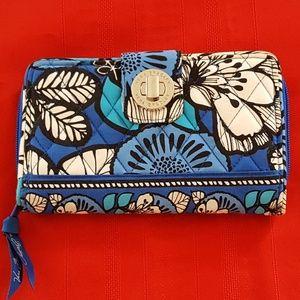 Vera Bradley Blue Bayou Wallet Clutch